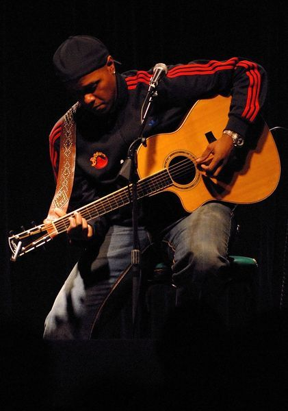 Link to Javier Colon – West Hartford, Ct